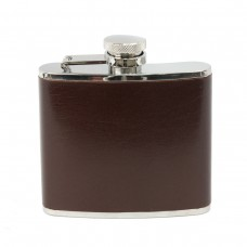 Fiaschetta in acciaio inox rivestita con pelle di bufalo color marrone 113 ml.